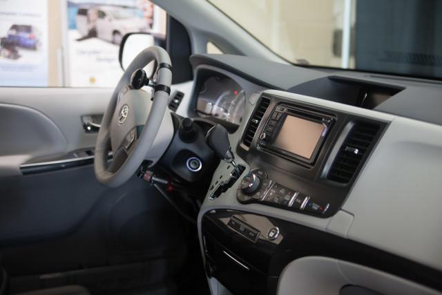 Toyota Inside hand control abigailvan-114_Toyota Inside