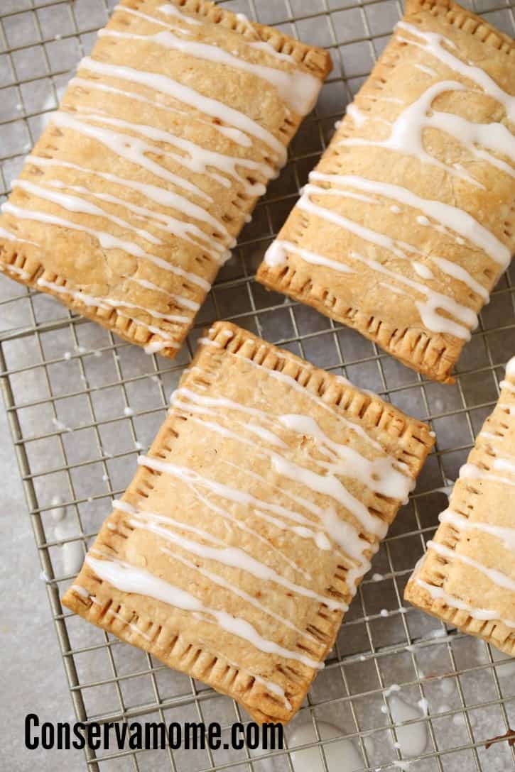 What happens when you combine Nutella and Pop tarts? A Symphony of flavors! Check out this easy and delicious recipe for Homemade pop tarts filled with Nutella.