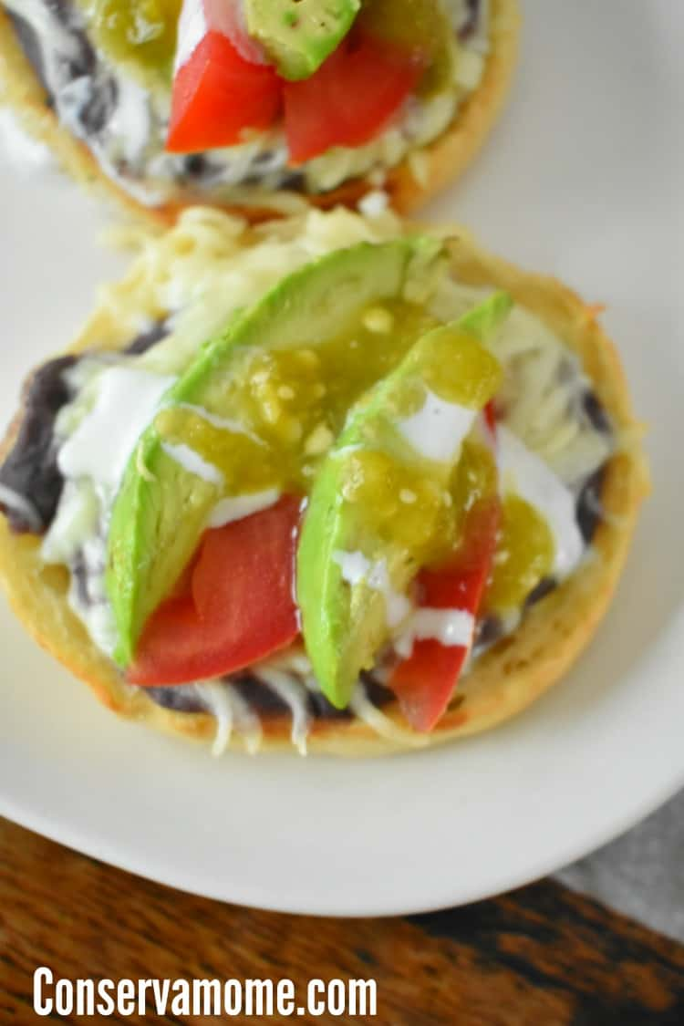 Do you have what it takes to a Bays Pizza Genius ? Enter this fun Giveaway + Grab a delicious Black Bean & Avocado English Muffin Pizza Recipe