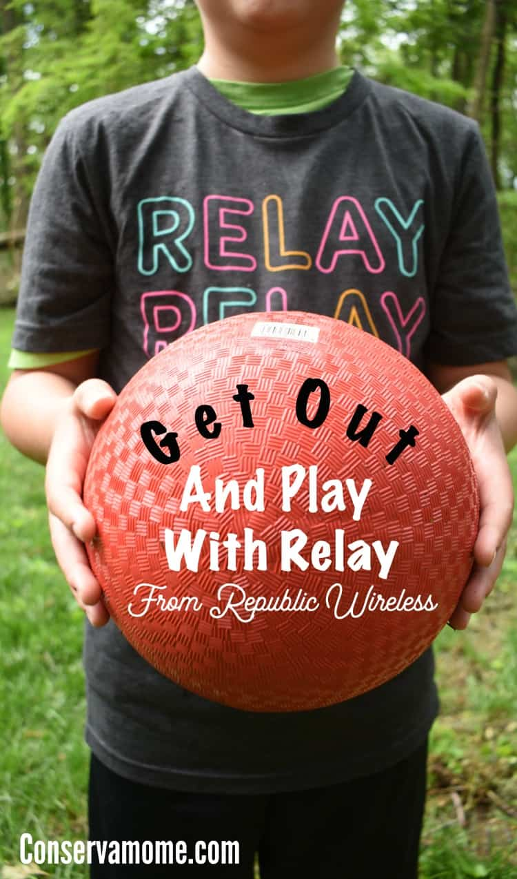 Ready for your kids to get out safely to play?  Here's a new product that will get your kids out and connected without the worry of cellphones with Relay by Republic wireless.