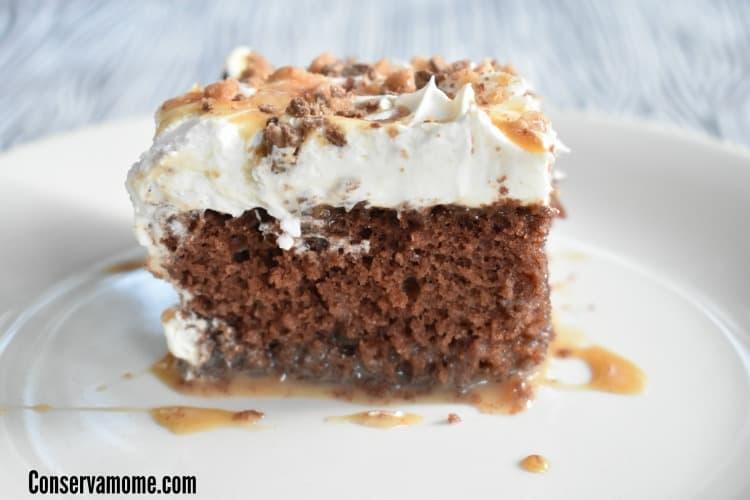 Chocolate & Caramel Heath Bar Poke Cake Recipe