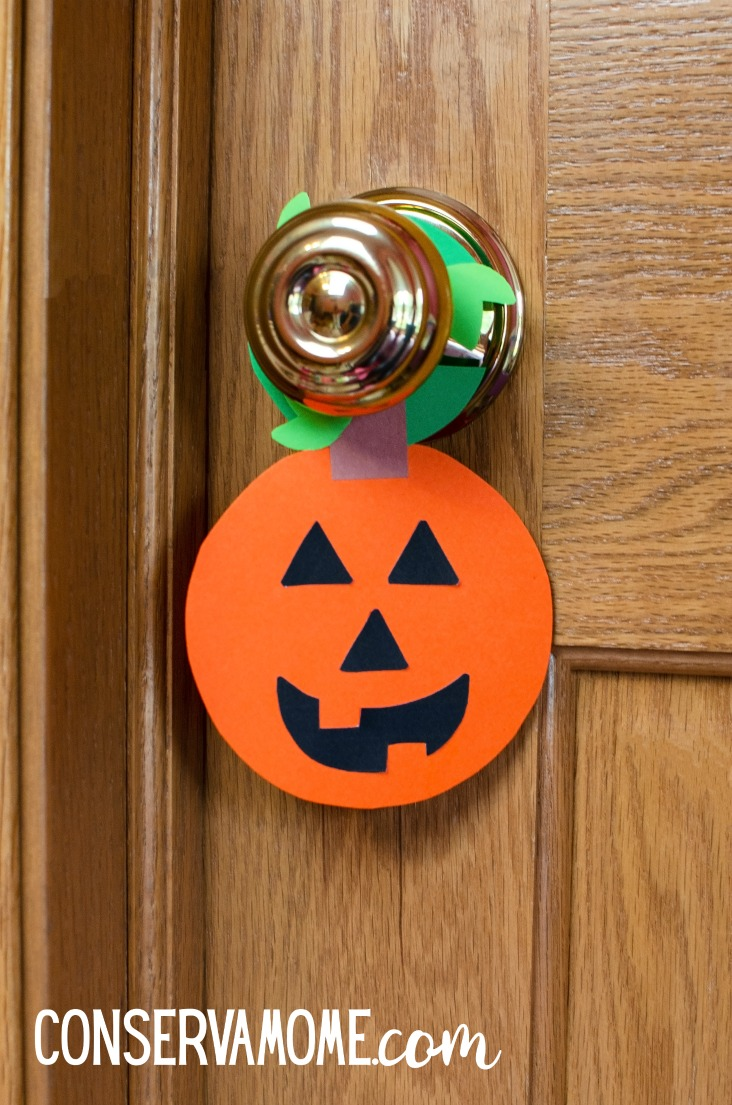Conservamom Pumpkin Door Hanger A Halloween Craft Idea