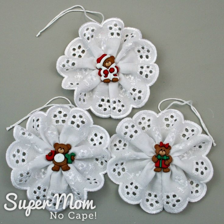 Christmas Button Lace Ornament Tutorial