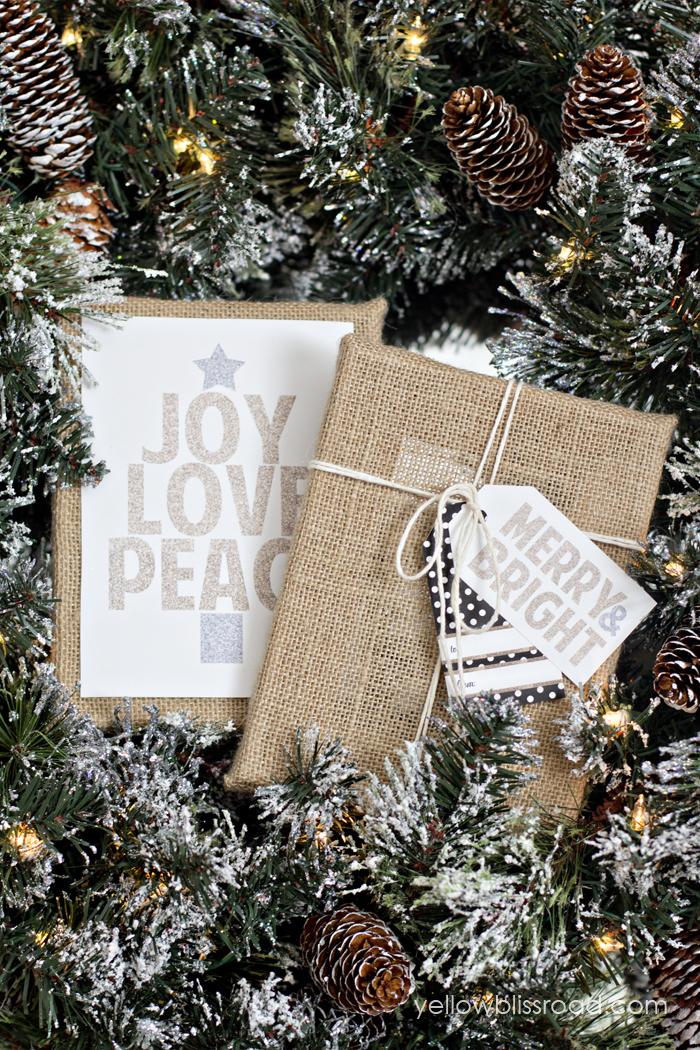 HAPPY Holidays: Modern Printable Gift Tag Set