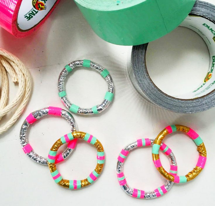 How to Make a Bracelet with Duct Tape | DIY Duck Tape Jewelry