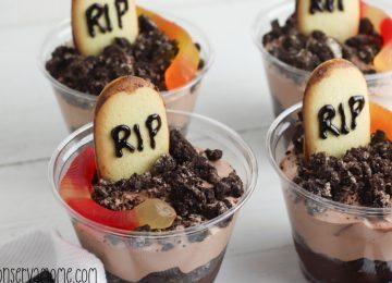 Graveyard Pudding Cups: A Fun Halloween Dessert